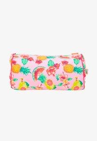 Sunuva - GIRLS ALOHA FRUIT BEACH PILLOW - Doplňky na pláž - pink - 1