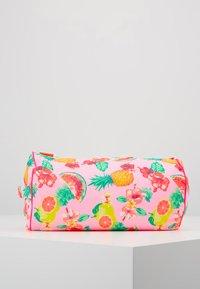 Sunuva - GIRLS ALOHA FRUIT BEACH PILLOW - Doplňky na pláž - pink - 3