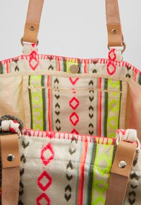 Sunuva - GIRLS TRIBAL STRIPE BEACH BAG - Tote bag - multi - 5
