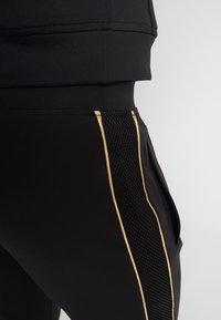 Supply & Demand - SHINE JOG - Pantalones deportivos - black - 4