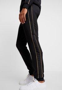 Supply & Demand - SHINE JOG - Pantalones deportivos - black - 3