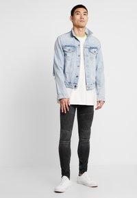 Supply & Demand - ANARCHY  - Skinny džíny - black fade - 1