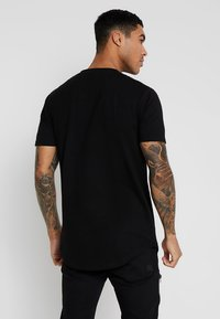 Supply & Demand - JULIIO TEE - T-shirt imprimé - black - 2