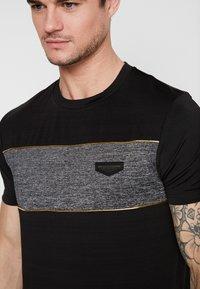 Supply & Demand - POISON  - Camiseta estampada - black - 4