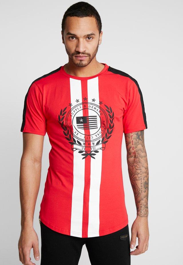 VENUS  - T-shirt print - red