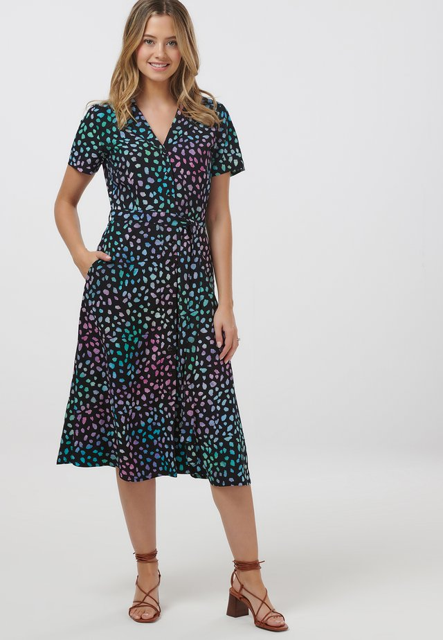 KENDRA PAINTERLY DOT BATIK - Shirt dress - black
