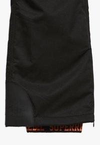 SuperRebel - SKI PANT PLAIN - Pantalon de ski - black - 2