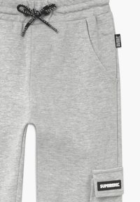 SuperRebel - ACTIVE HEAVY INTERLOCK  - Pantalon de survêtement - grey - 3