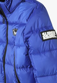 SuperRebel - BASIC SHINY BOYS SKI JACKET - Snowboardjacka - yves blue - 4
