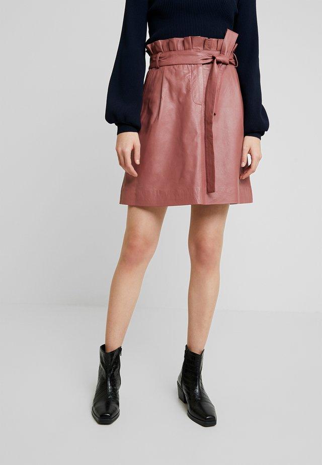 LAYA - A-snit nederdel/ A-formede nederdele - cherry