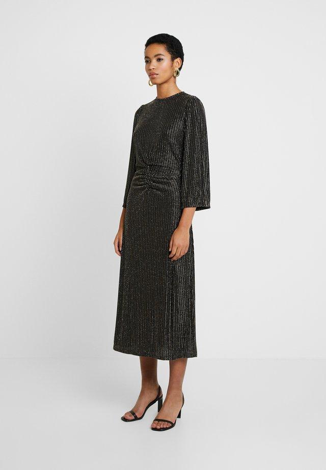 ISEL - Žerzejové šaty - black