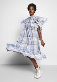 Stella Nova - PEN - Denní šaty - light blue - 1