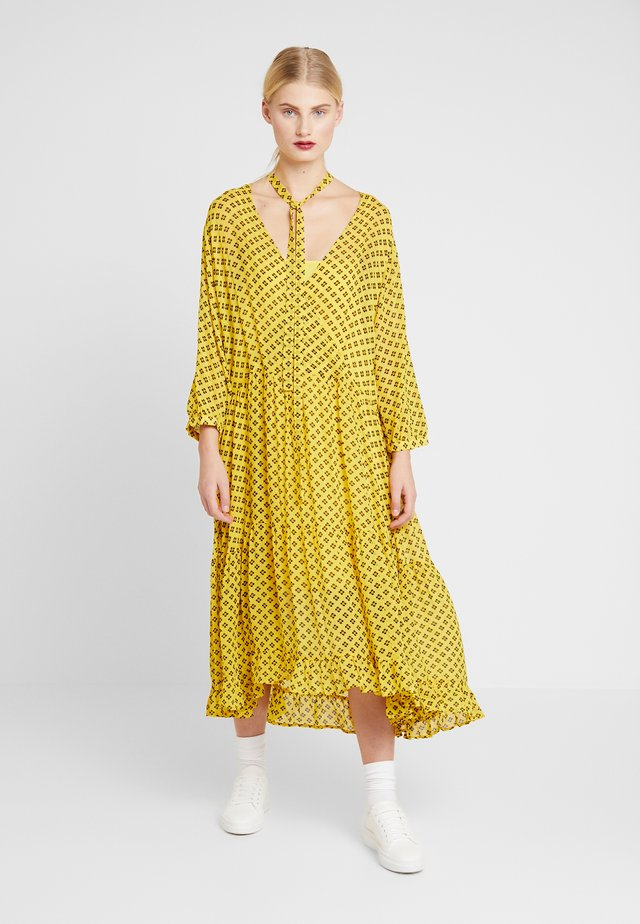 MILO 2-IN-1 - Day dress - yellow/black