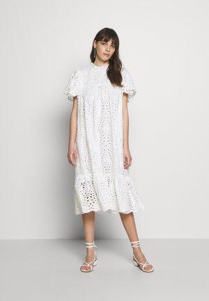 PEN - Denní šaty - white