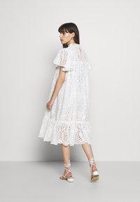 Stella Nova - PEN - Denní šaty - white - 3