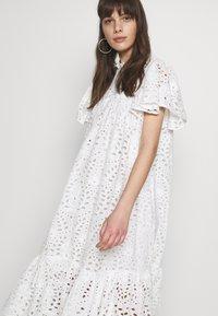 Stella Nova - PEN - Denní šaty - white - 6