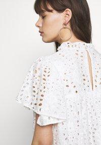Stella Nova - PEN - Denní šaty - white - 4