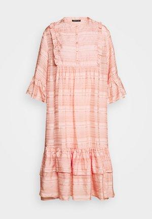KIMI - Denní šaty - peach beige