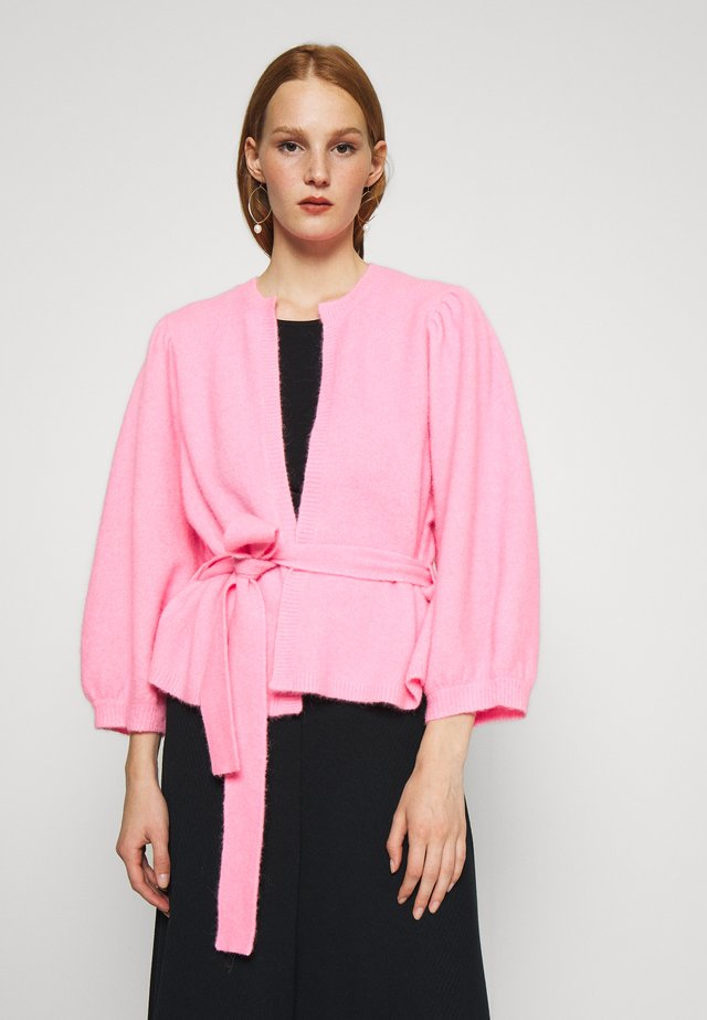 HOLLY - Strickjacke - neon pink