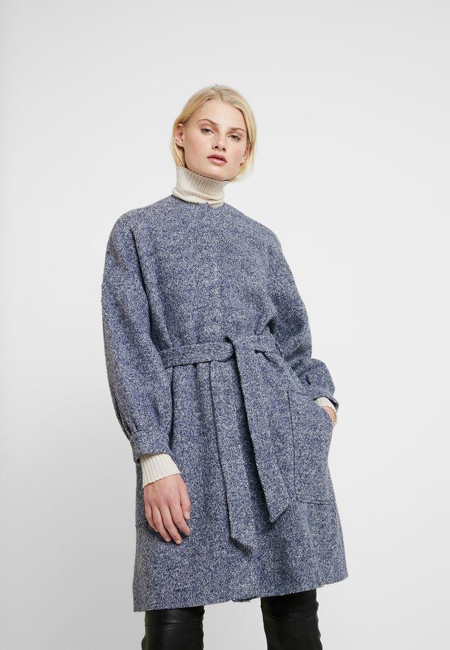 THEA - Frakker / klassisk frakker - greyish blue
