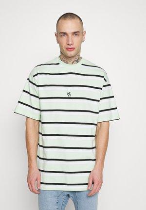 LOOSE TEE UNISEX - T-shirt print - mint/white/black