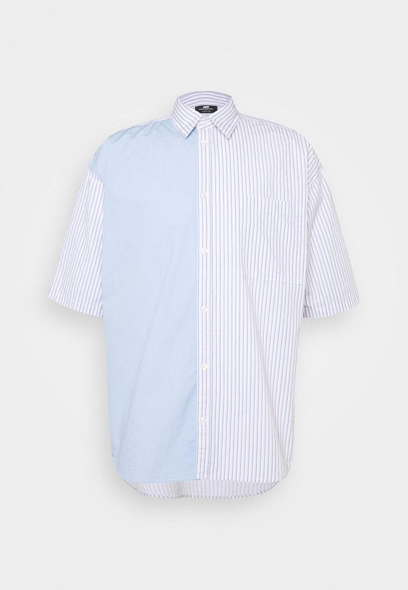 Sweet SKTBS - UNISEX SWEET HOLIDAY SHIRT - Skjorter - light blue/ light pink