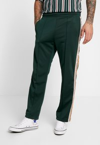 Sweet SKTBS - Tracksuit bottoms - green - 0