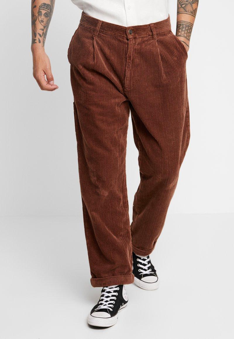 Sweet SKTBS - SWEET 80'S - Trousers - brown