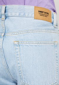 Sweet SKTBS - SWEET - Jeans Relaxed Fit - faded blue - 5