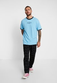Sweet SKTBS - LOOSE - Print T-shirt - blue - 1