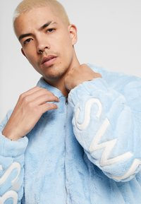 Sweet SKTBS - JACKET SWEET - Summer jacket - blue - 4