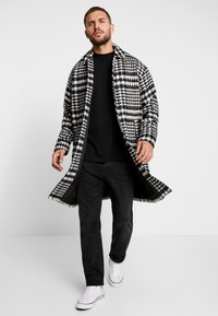 Sweet SKTBS - COAT SWEET WINTER - Classic coat - black/grey - 1