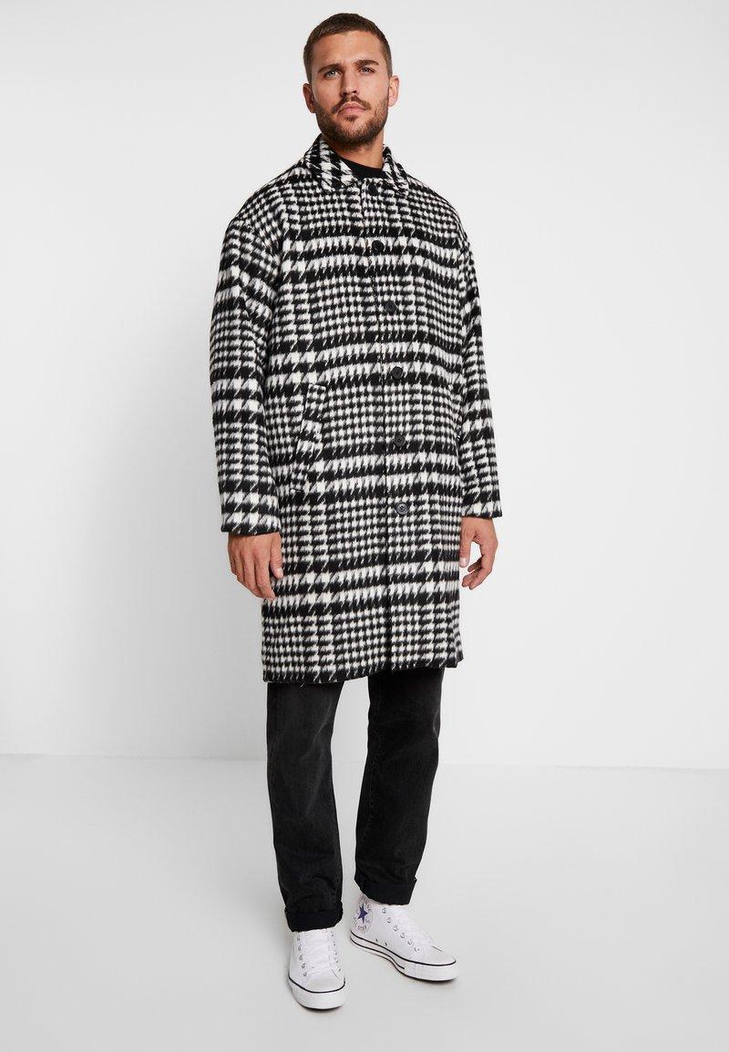 Sweet SKTBS - COAT SWEET WINTER - Classic coat - black/grey