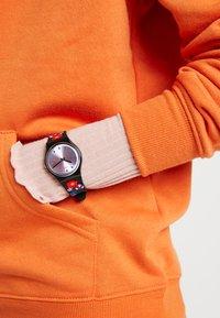 Swatch - COQUELICOTTE - Klocka - bunt - 0