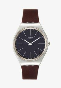 Swatch - SKINOUTONO - Watch - brown - 1