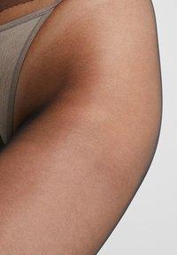 Swedish Stockings - ELIN PREMIUM 20 DEN - Sukkahousut - black - 2