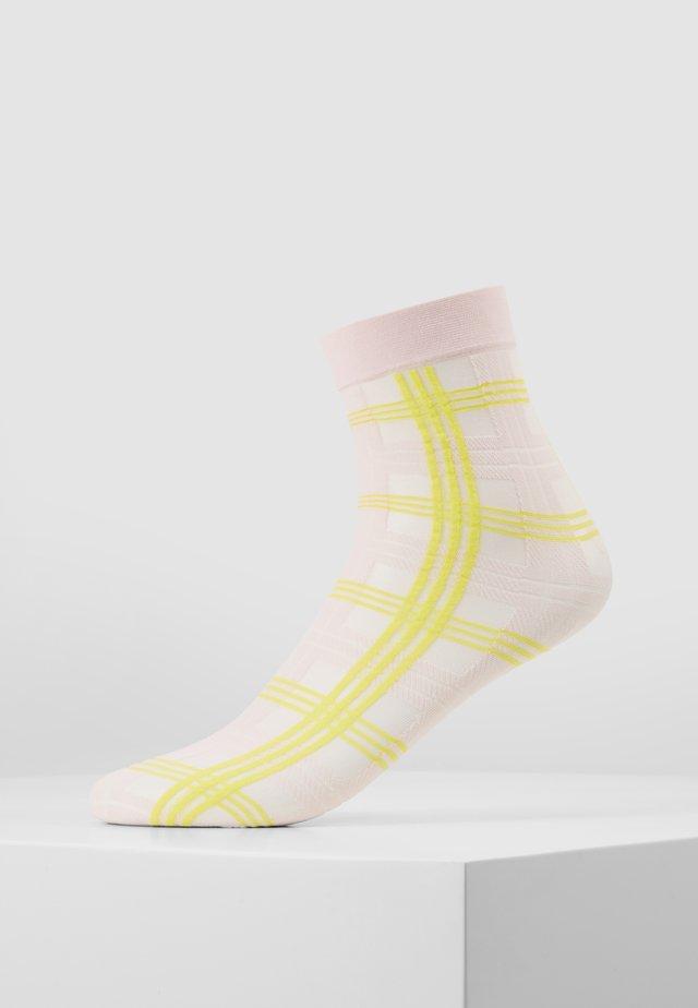 GRETA TARTAN SOCKS - Ponožky - light pink/neon yellow