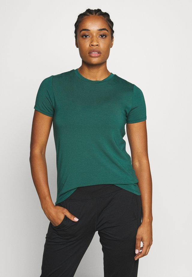 EUPHORIA  - T-shirt basic - june bug green