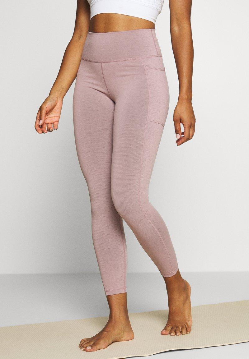 Sweaty Betty - SUPER SCULPT 7/8 YOGA LEGGINGS - Legging - velvet rose/pink