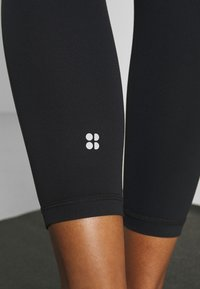 Sweaty Betty - CONTOUR WORKOUT LEGGINGS - Tights - black - 4