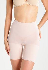 Spanx - POWER SERIES - Shapewear - soft nude - 0