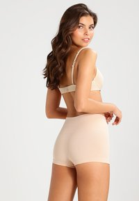 Spanx - EVERYDAY  - Lingerie sculptante - soft nude - 2