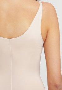 Spanx - THINSTINCTS  - Body - soft nude - 4