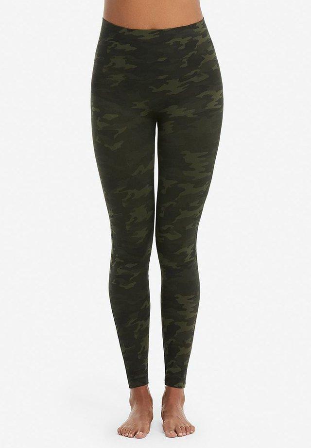 LOOK AT ME NOW  - Leggings - green camo