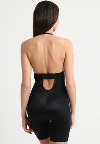 Spanx - SUIT YOUR FANCY PLUNGE LOW BACK MID TIGH  - Body - very black - 6