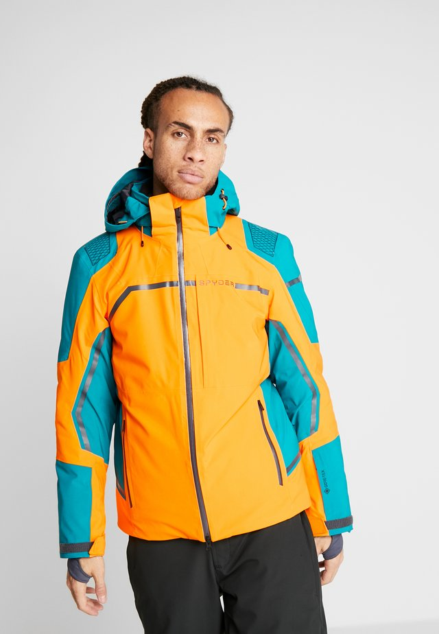 TITAN - Ski jacket - flare