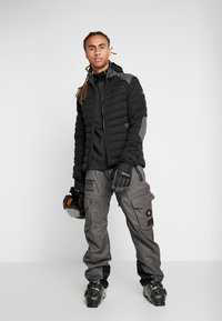 Spyder - ALPINE  - Ski jacket - black - 1