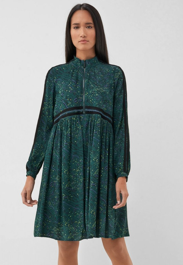 FONTANA - Day dress - green