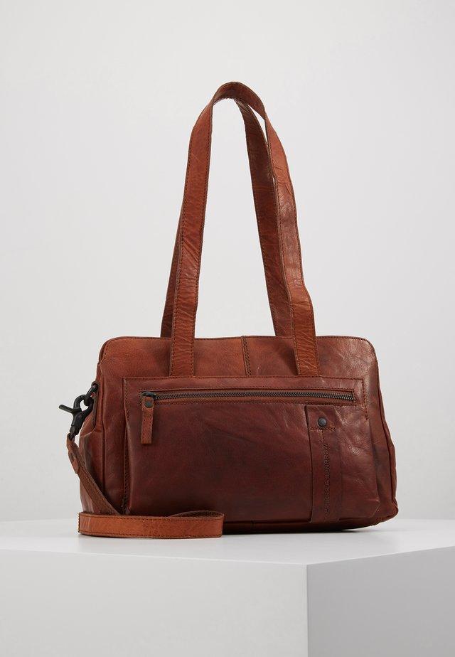 Handväska - brandy