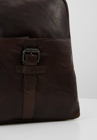 Spikes & Sparrow - Tagesrucksack - dark brown - 6